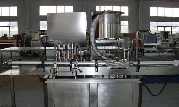 Автоматична машина за пълнене с бутала с права линия